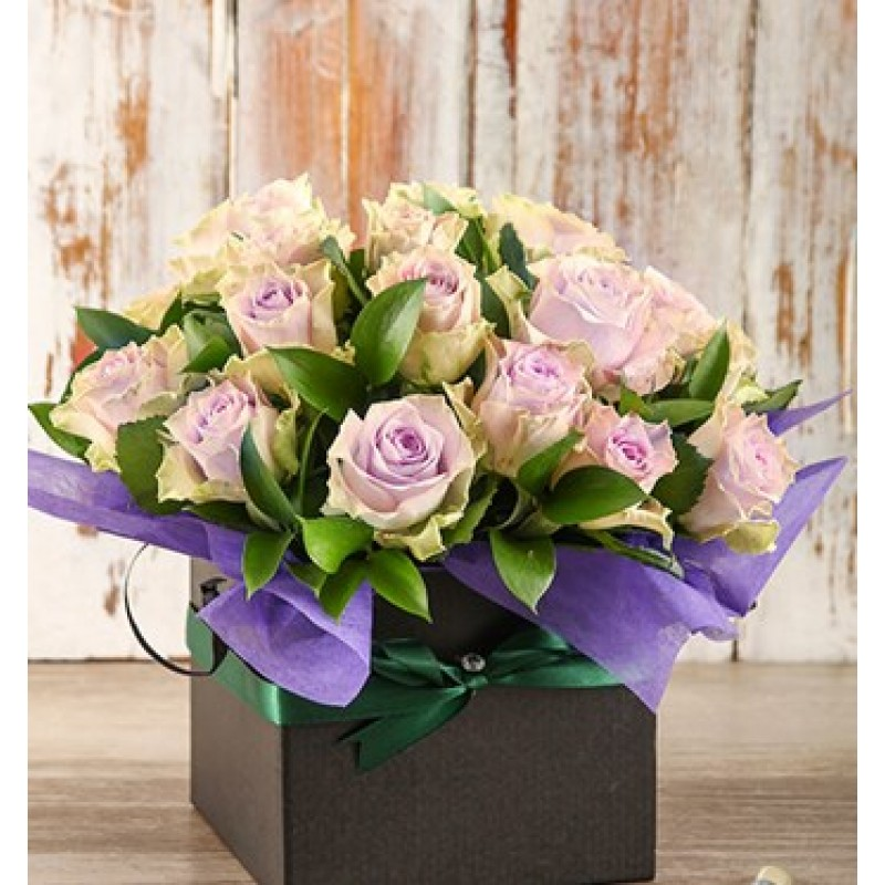 Light Purple Roses in Black Box
