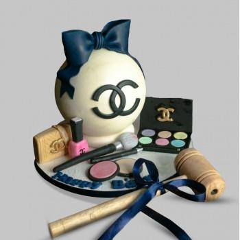 Chanel Pinata Cake