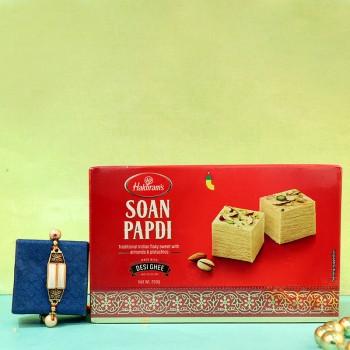 Alluring Rakhi With Sweet