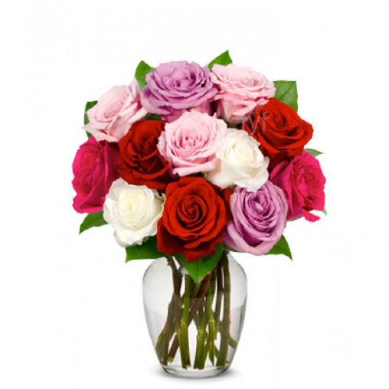 12 Assorted Sweetheart Roses