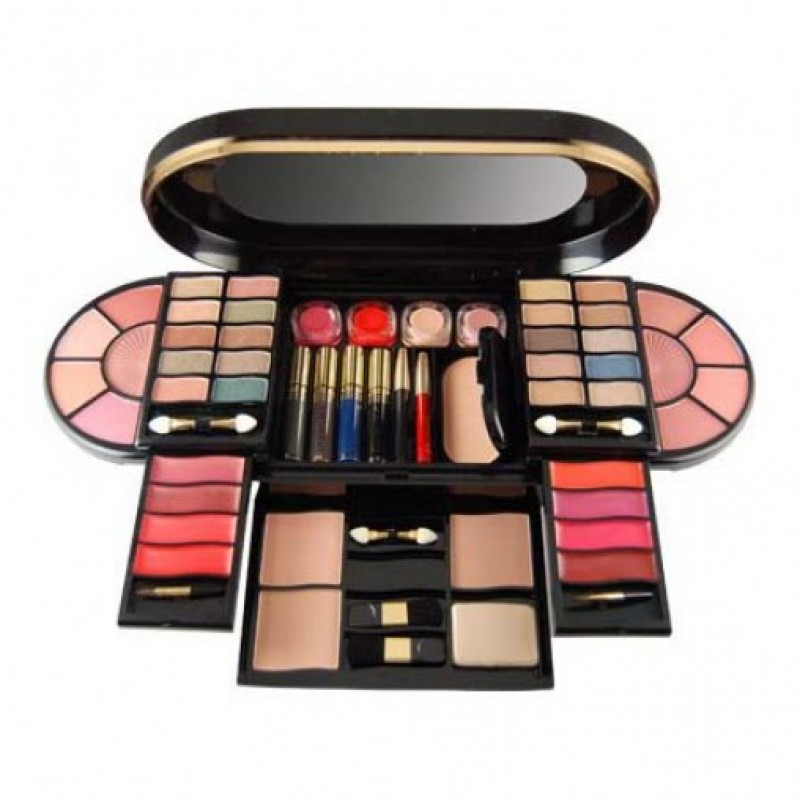 Branded Make up Kit